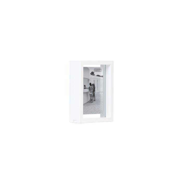 white Floating box 13x18