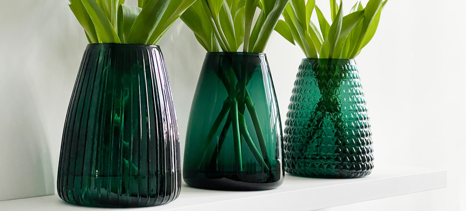 DIM COLORED VASES GREEN
